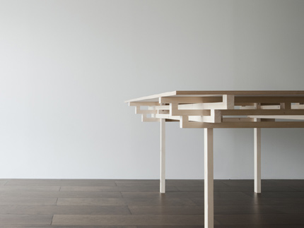 Table_005.jpg