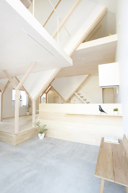 househ-05.jpg