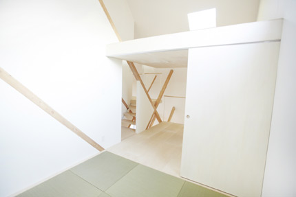househ-09.jpg