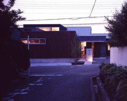 izumi-minami-03.jpg