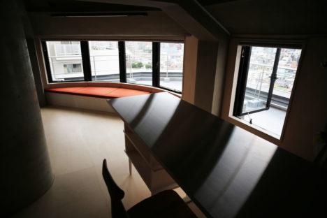 007-kgz-balcony