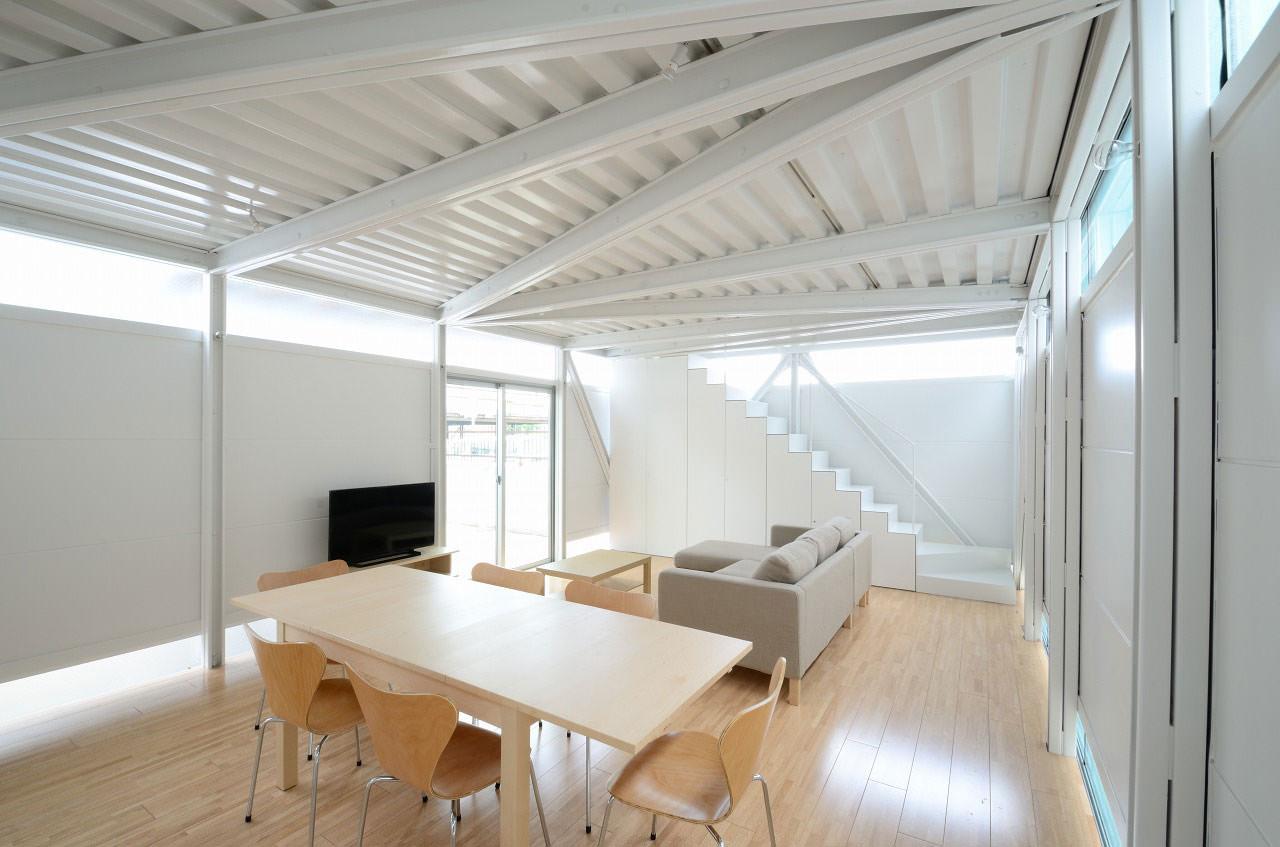 Niji architects lgs house 01 - Estructuras metalicas para viviendas ...
