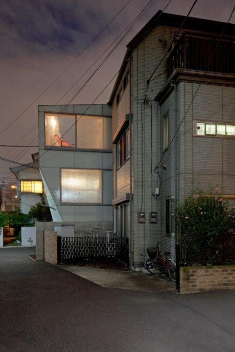 A'-House-14-窶・ツゥJan-Bitter
