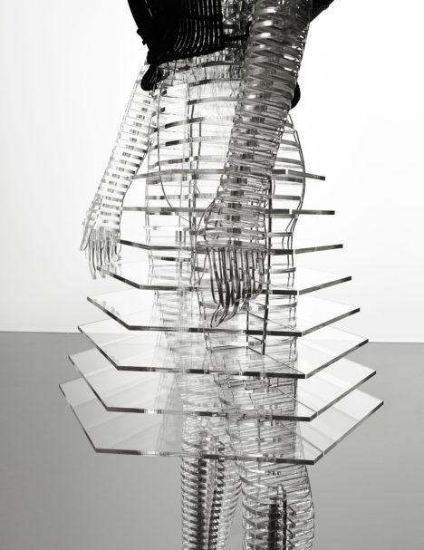 14_2016_Transparent_Body_Installation