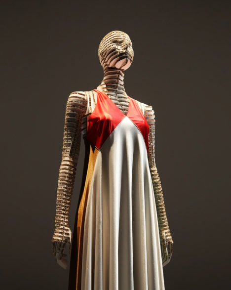 28_2016_Transparent_Body_Installation