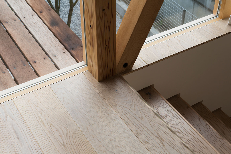 山路哲生建築設計事務所による、埼玉県の住宅「三尺格子の家」 | architecturephoto.net