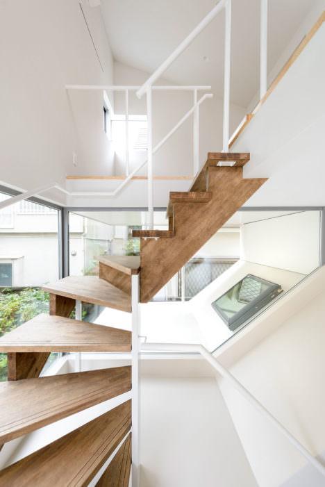 housey-05