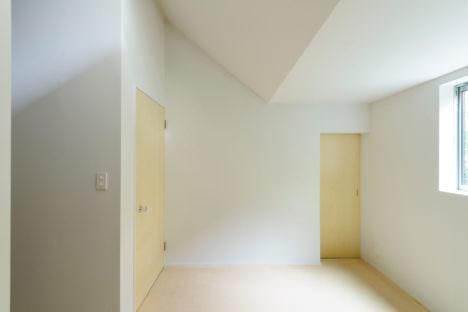 housey-11